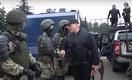 «Мы с ними разберемся»: Лукашенко взялся за автомат после акции протеста с участием 100 тысяч белорусов